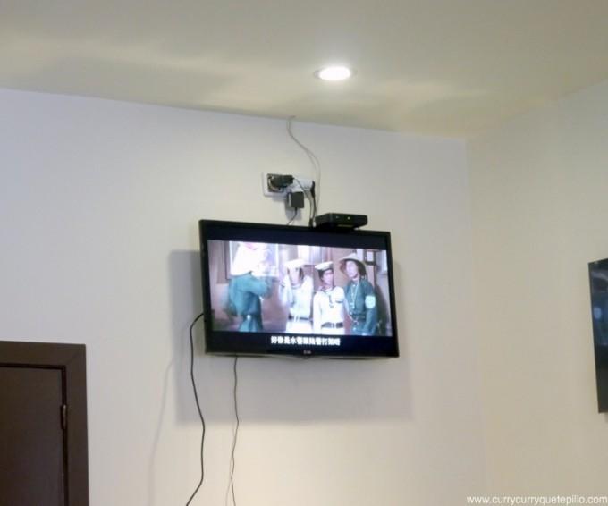 En Kaixuan se come viendo películas chinas