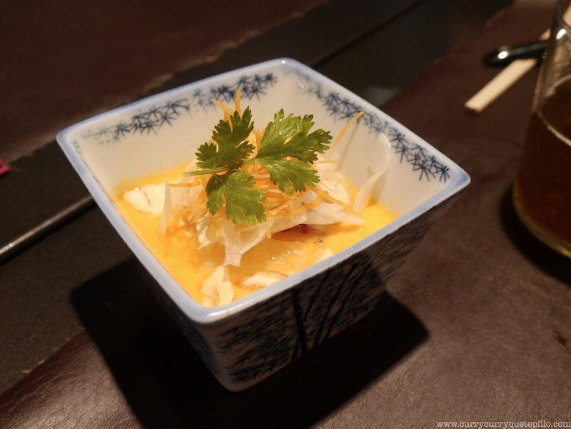 Tataki de bonito con salmorejo, muy bueno.